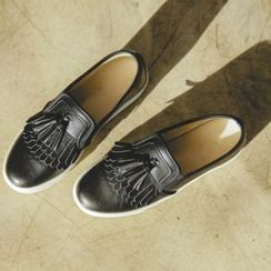 JUSTONE - Tassel Fringe Faux-Leather Slip-Ons