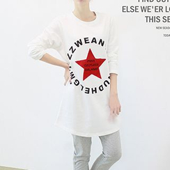 Lina - Long-Sleeve Star Lettering T-Shirt