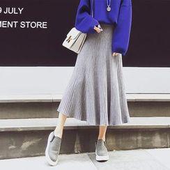 Soraka - Pleated Knit Skirt