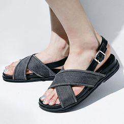 chuu - 交叉带平底凉鞋