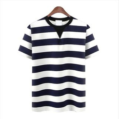 WIZIKOREA - Crewneck Striped T-Shirt