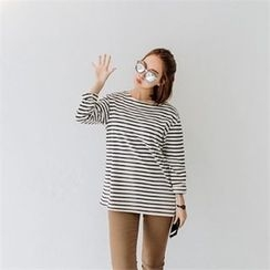 JOAMOM - Round-Neck Striped T-Shirt