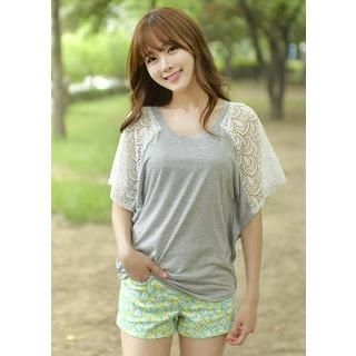 Bongjashop - Laced Dolman-Sleeve Top