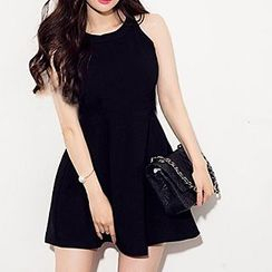 Queen Bee - Plain Sleeveless Dress