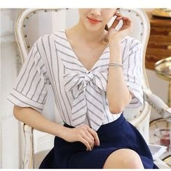Fumoya - Short-Sleeve Striped V-Neck Blouse