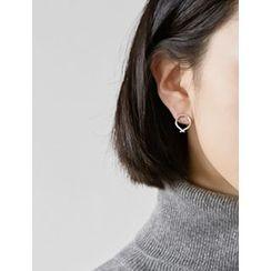 FROMBEGINNING - Metallic Stud Earrings