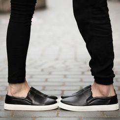 Hipsteria - Matching Couple Slip-Ons