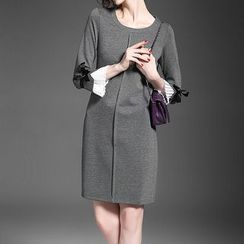Alaroo - 3/4-Sleeve Bow Accent Dress