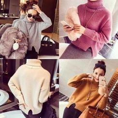 lilygirl - Turtleneck Sweater