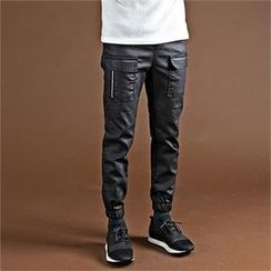 THE COVER - Flap-Pocket Coated Jogger Pants