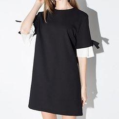 Obel - 打褶短袖直身連衣裙