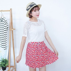 YOZI - Set: Short-Sleeve Lace Top + Pleated Floral Skirt