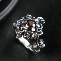 Sterlingworth - Garnet Sterling Silver Ring