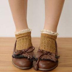 Fitight - 蕾丝边针织短袜