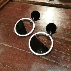 Ticoo - Two-Tone Circle Drop Earrings