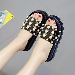 Tina Nini - Faux Pearl Platform Slide Sandals / Flip-Flops
