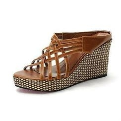MODELSIS - Cross-Strap Wedge Mules