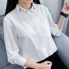 HANIA - Embroidered Shirt