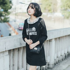 11.STREET - Detachable Lace Collar Lettering Dress