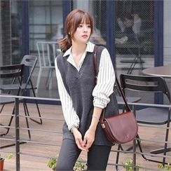 TOM & RABBIT - V-Neck Knit Vest