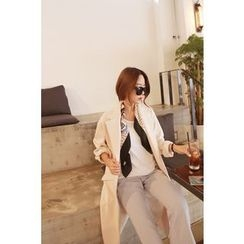 Momnuri - Maternity Notched-Lapel Snap-Button Coat