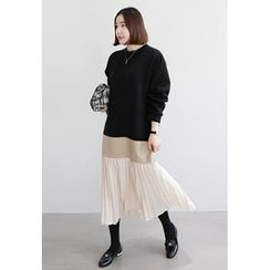 Miamasvin - Pleated-Hem Color-Block Long Pullover Dress
