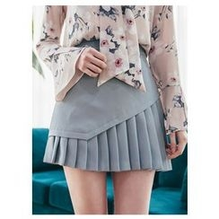 Chlo.D.Manon - Pleat-Hem A-Line Mini Skirt