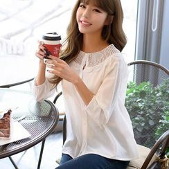 Dowisi - Lace Trim 3/4-Sleeve Blouse