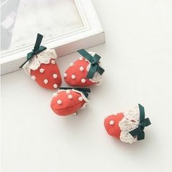 Moricode - Strawberry Brooch