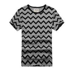 K-Style - Short-Sleeve Chevron T-Shirt
