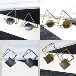 HEDGY - Triangle Disc Earrings
