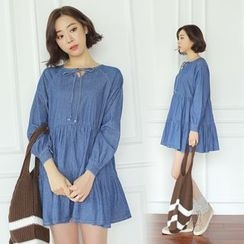 WITH IPUN - Ribbon-Detail Denim Mini Dress