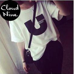 Cloud Nine - Short-Sleeve Lettering T-Shirt