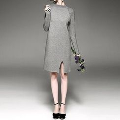 Alaroo - Embellished Long Sleeve Slit Dress