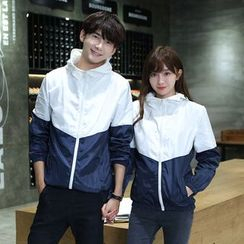 CASSY - Color-Block Hooded Zip Couple Matching Jacket