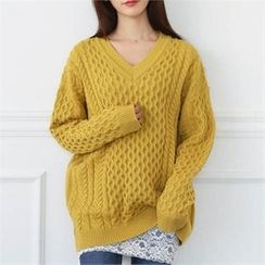 CHICFOX - V-Neck Cable-Knit Sweater