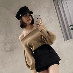 Jolly Club - Off-Shoulder Sweater
