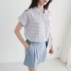 CLICK - Mandarin-Collar Stripe Shirt