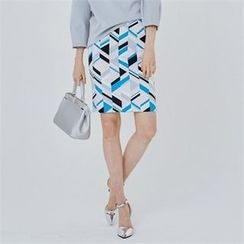 MAGJAY - Zip-Back Patterned Skirt