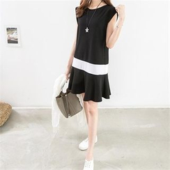 PEPER - Ruffle-Hem Color-Block Dress