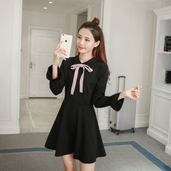 Sienne - Bow Accent Long Sleeve Dress