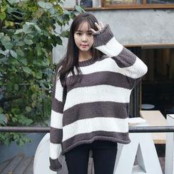 Envy Look - Striped Oversized Sweater