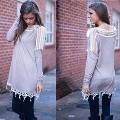 Saranghae - Long-Sleeve Lace Trim T-Shirt