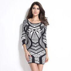 Dear Lover - 3/4-Sleeve Patterned Sheath Dress