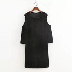 Amoura - Cutout Shoulder Shift Dress