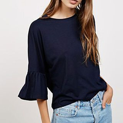 Katie Bloom - Ruffle Trim 3/4-Sleeve T-Shirt