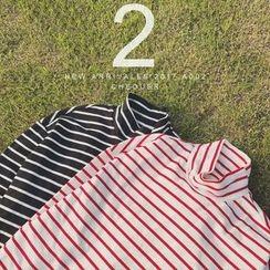 SICRIT - Long-Sleeve Mock-Neck Striped T-Shirt