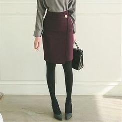 ode' - Metal Button Slit-Back Pencil Skirt