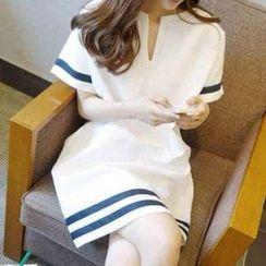 Ceres - 孕婦條紋短袖連衣裙