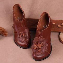 LARKSPUR - Genuine Leather Floral Slip Ons